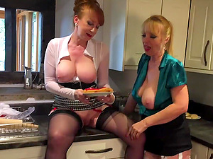 Red XXX and her girlfriend licking pussy