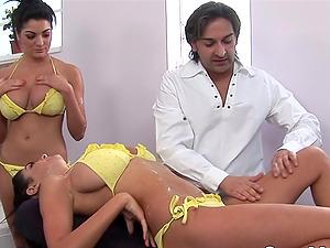 Bathtub Threesome with Big Tits Twins