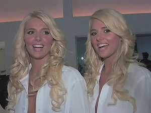 Kristina and Karissa Shannon are the greatest twins