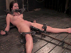 Winter Sky gets her cunt pounded with a fucking machine in Bondage & discipline clip