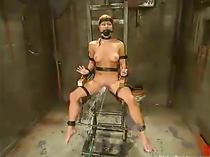 Hot blonde Jenni Lee gets drowned and tormented in a basement