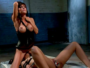 Skin Diamond Gets Tantalized with Electrical play while Face Sit and Toyed