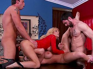 Interchanging The Wives Tasha Reign and Tyler Faith in Swinger 4some