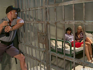 Angel Pink abd Jessica Moore share a dick in a jail