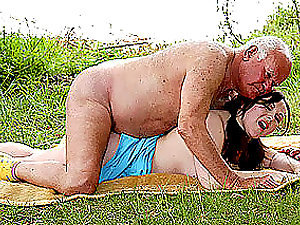 Old Fart Gets His Manstick Sucked and Fucked By a Chubby Dark-haired Nubile