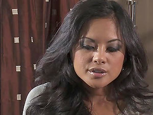 A hot Facial cumshot For the Sex-positive Honey Kaylani Lei