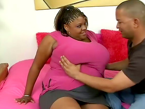 Dark-hued BBW takes big black shaft in her soaking cootchie