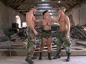 Hot Drill Sergeant Daria Glower Sharing Hard-ons with Two Guys in Bisexual Romp Vid