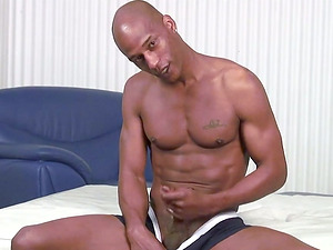 Milky dude and black dude are wanking each other