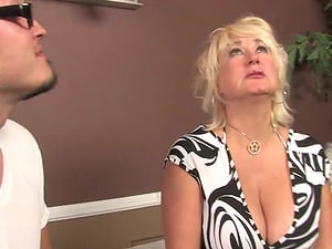 Mature blonde Dana Hayes deepthroats a Big black cock and welcomes it in her cunt