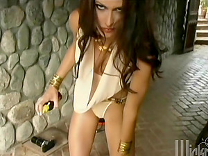 Charming Jessica Jaymes fucktoys her vagina with a silver faux-cock