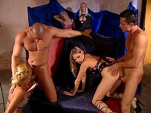 Gathering Of Kinky Folk For Giggidy Group Lovemaking