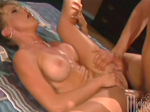 Chesty Cougar Shayla La Veaux rails a dick and gets a mouthhole
