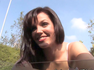Bobbi Starr shows her boundless love for interracial hook-up