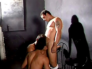 Gonzo 3some Sandwiches In Queer Ass-fuck Banging