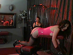 Kinky Restrain bondage and Bondage & discipline Act in the Dungeon space