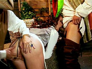 Threesome dual intrusion leaves Brandi with a throatful of jism