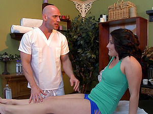 Casey Cumz gets her arse drilled by dirty masseuse Johnny Sins