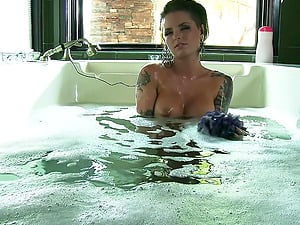 Ass fucking fuck-a-thon with the hot Christy Mack after taking a bath