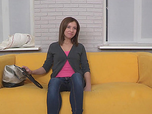 Jenny Love shows her cock-riding abilities at a casting