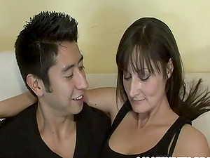 Sexy Arse Cougar Rails A Hard Manstick And Gets Jizz In Her Mouth