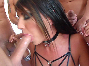 It's an Oral Gagbang as She Blows A few Guys and Gets a Massive Facial cumshot