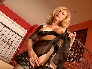 Lovely Cougar In Brassiere And Stockings Gets Slammed Doggystyle