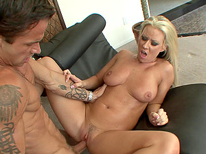 Hot Blonde Cougar Tempts A Mischievous Stud In A Hard-core Rectal Pounding