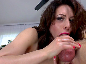 Bum Fetish Dame Pegging A Cock-squeezing Asshole Gonzo Missionary