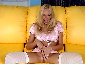 Classy Blonde is A Deep throat Specialist In Point of view Gonzo