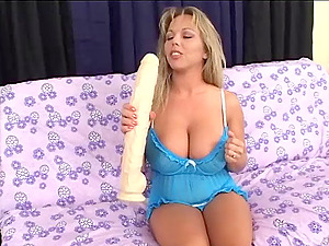 Divine Solo Model With Big Tits Masturbating In Close Up Shoot