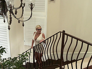 Adorable blonde in glasses getting worked on gonzo doggystyle in ffm lovemaking