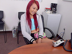 Kinky Asian with dyed hair gets her beaver fucked deep