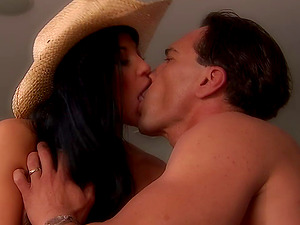 Gonzo rear banging act with awesome dark-haired Audrey Bitoni