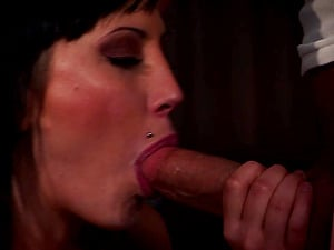 Mindy Main shows her oral job and cock-riding abilities
