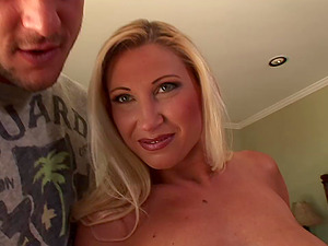 Devon Lee likes face fucking and facial cumshot cum-shot after bang session