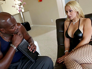 Sarah Vandella interracial anal invasion hook-up with big dick dude Lex Steele