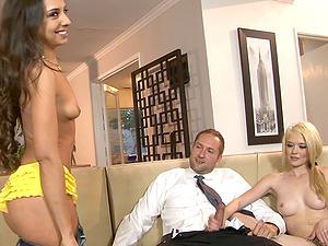 Blonde honey with gorgeous natural tits lovin? a gonzo threesome