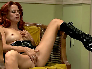 Lengthy haired bimbo orgasms strongly while getting fucked gonzo in a reality shoot