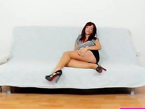 Mischievous nylon fetish for a kinky solo model Vivien Fox