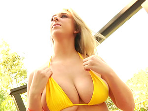 Her monster tits bounce as Brooke Wylde gets laid by a dangled stud