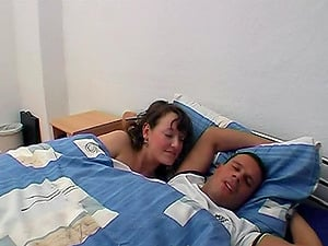 Cutie hungers early morning bang-out and wakes him for hard banging