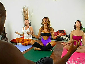 Yoga exercising turns to hot long-lasted banging in a douche