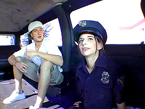Gorgeous cop nymph gets banged in the bandbus