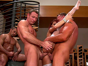Four studs gang-bang the redheaded bitch in stockings