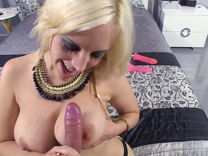 Crazy blonde plays with her fuck stick while sucking some penis
