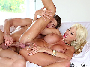 Outstanding blonde Cougar with big tits gets fucked by her paramour