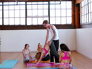 When the yoga class is over the instructor fucks his fave student