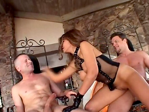 Threesome mmf of a startling fuckslut having her cave screwed from behind