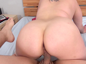 Chubby woman with large boobies wails while getting stabbed with the dick